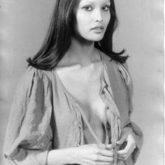 Laura Gemser - Photo NB divers 01