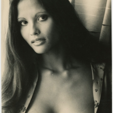 Laura Gemser - Photo NB divers 06