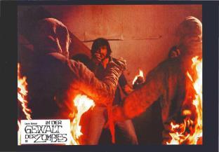 X-Rated_Taschenbildband_10_In_Der_Gewalt_Der_Zombies_0006