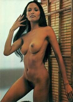 Playmen Mars 1976 p12