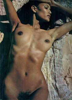 Playmen Mars 1976 p15